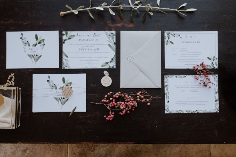 stationery wedding invitation details